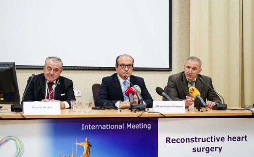 sait 22-10-15 Міжнародна конференція1